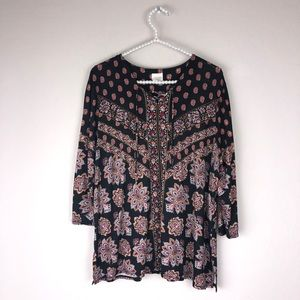 Chico's long sleeve blouse . Black and floral XL